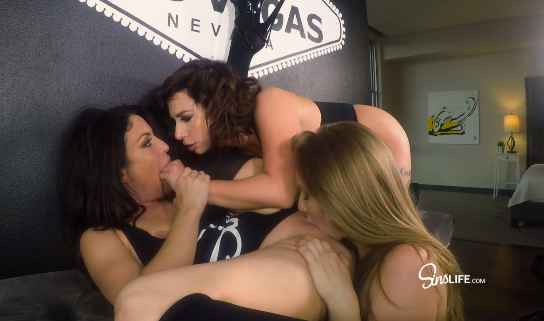 Lena Paul, Ivy Lebelle and Kissa 3way Pussy Fest